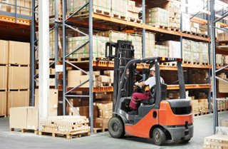 5 Tips to Improve Your Warehouse—Wooden Pallets and Crates
